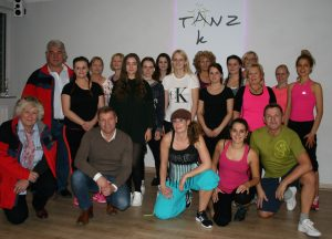 tc-gw-benefiz-zumba-gruppe-30-11-16
